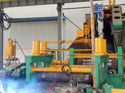 天津螺旋钢管设备